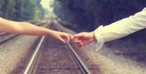Hechizos para atraer un amor lejano